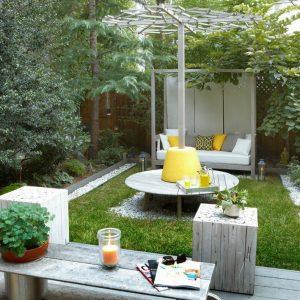 Как обустроить зону отдыха во дворе. Несколько простых советов
