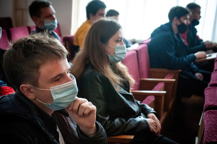 В России ежедневно выявляют десятки тысяч случаев заражения