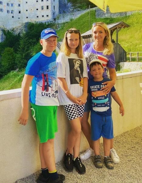 От брака со Светланой у Романа есть четверо детей