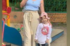 Мама 10 погодок Оксана Усова, спасающая дочь от рака, развелась с мужем
