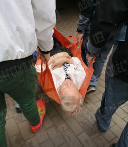 Иван Иванович попал в больницу сегодня
