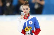 Отомстит Линой Ашрам? Дина Аверина вместе с сестрой выступит на чемпионате мира в Японии