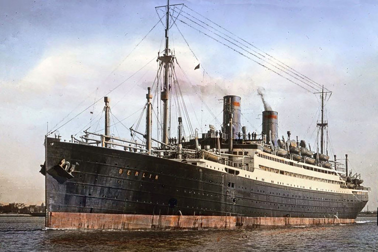 Изначально судно называлось «Берлин»