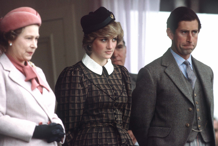 Королева не могла закрыть глаза на интервью Дианы