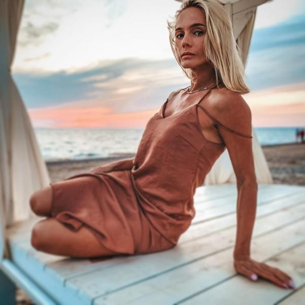 Светлана Токарская-Пасхина выполнила трюк в новом клипе артистки