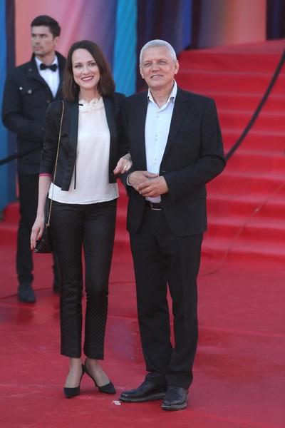 Сегодня Галибин счастлив в браке с третьей женой, актрисой Ириной Савицкой
