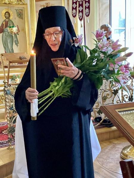 Близкие Васильевой были удивлены ее решением стать монахиней