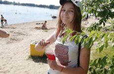 Деньги от подписчиков и плавание в бассейне. 15-летняя Суднишникова отмечает первый день рождения дочери