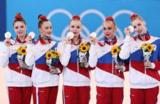 «Было задание – остановить наших гимнасток!»: Ирина Винер шокирована унизительным серебром команды