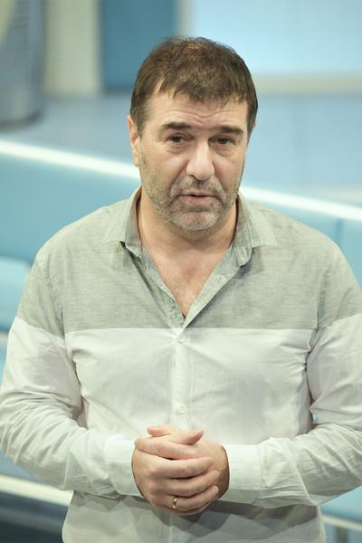 По словам адвоката, высказывание Гришковца негативно отразилось на отношениях Земфиры с друзьями и близкими