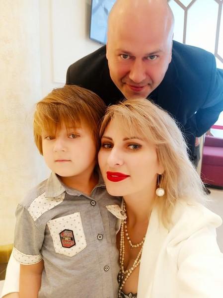 Дмитрий Михеев с женой