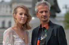 Из катафалка – в карету. Чем Ксения Собчак и Константин Богомолов удивили гостей свадьбы