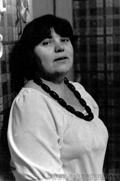 Кира Васильевна тяжело переживала предательство мужа