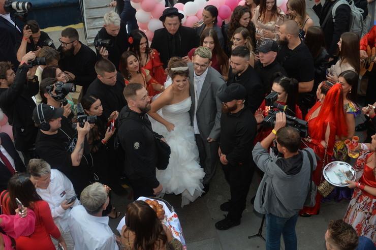 Свадьба состоялась 31 августа