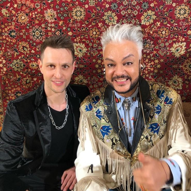 Илья дружен со многими звездами шоу-бизнеса