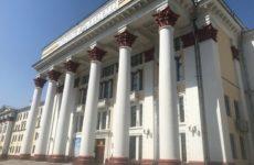 Неадекватный студент угрожает взорвать университет в Хабаровске