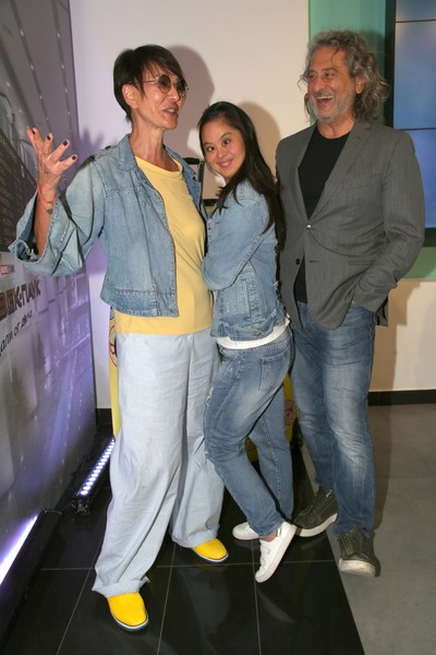 Хакамада с супругом и дочкой