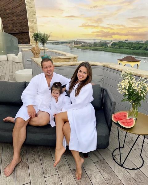 Галина и ее супруг еще недавно казались идеальной парой