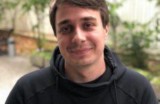 Сергей Детков: «Не кажется, что имя Валя Карна.val подходит не для девушки, а для бомжихи?»