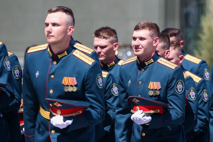 Все военнослужащие получили по 15 тысяч