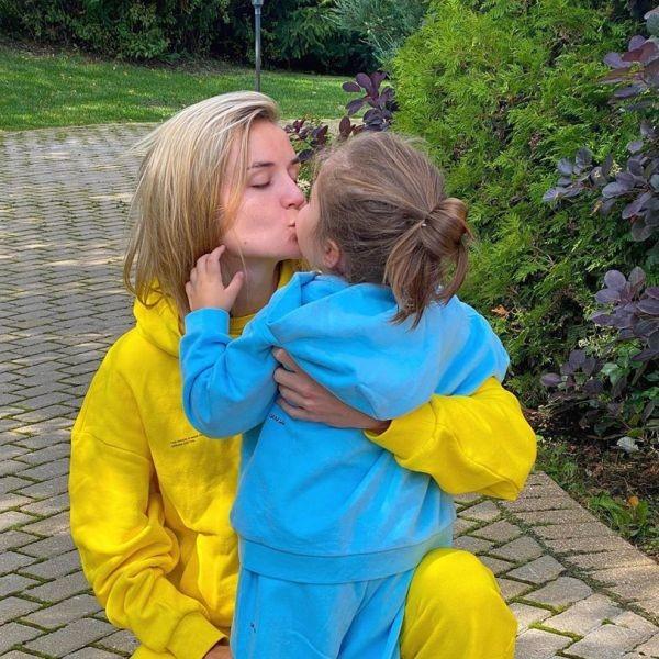 Полина с бывшим супругом конфликтуют из-за дочери Мии