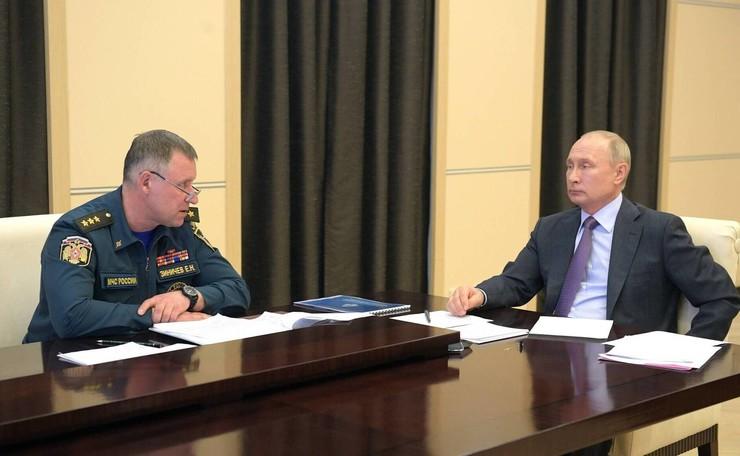 Президент выразил соболезнования семье Зиничева