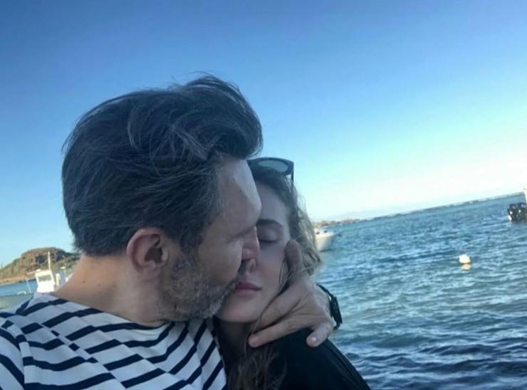 Артист счастлив в браке с Ольгой