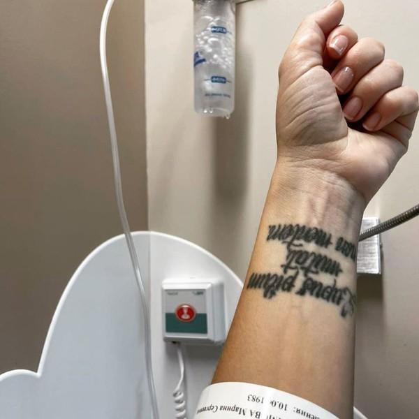 В больницу артистка попала в середине июня, через несколько дней после своего 38-летия