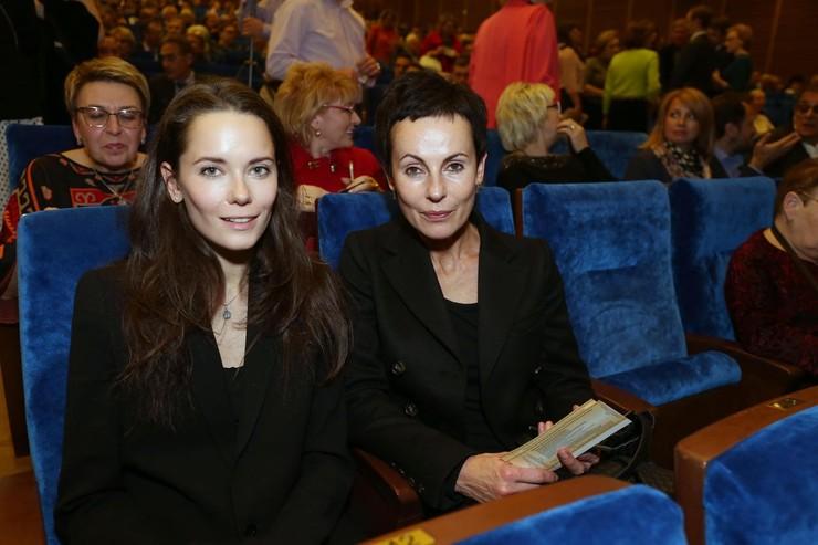 Дочь актрисы Дарья Авратинская пошла по стопам мамы