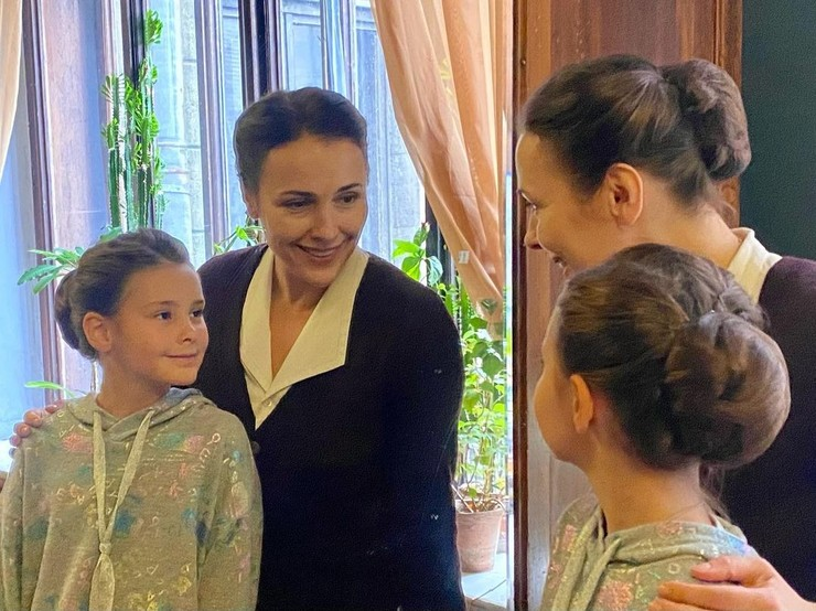 Актриса пока не знает, какие профессии выберут ее дочери