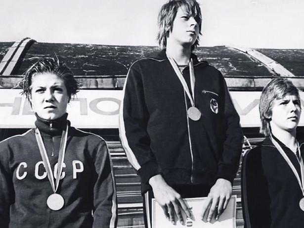 В кино Ирине доставались женственные героини, хотя в юности в силу увлечения плаванием она предпочитала спортивный стиль
