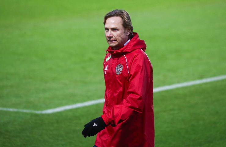 Валерий Карпин недавно стал главным тренером