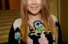 Анита Цой снова оказалась в инвалидном кресле