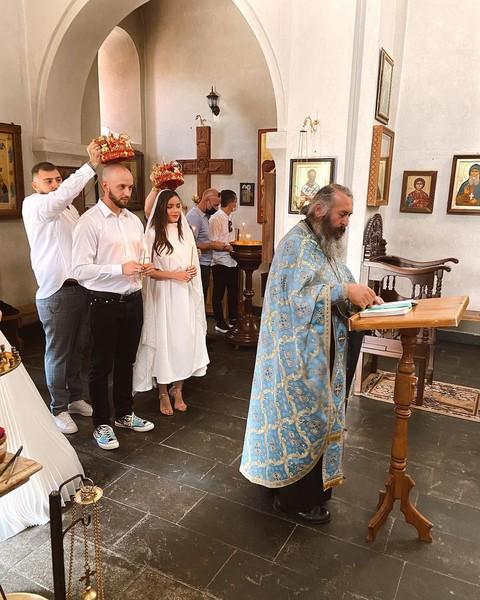 Церемония состоялась в одной из грузинских церквей