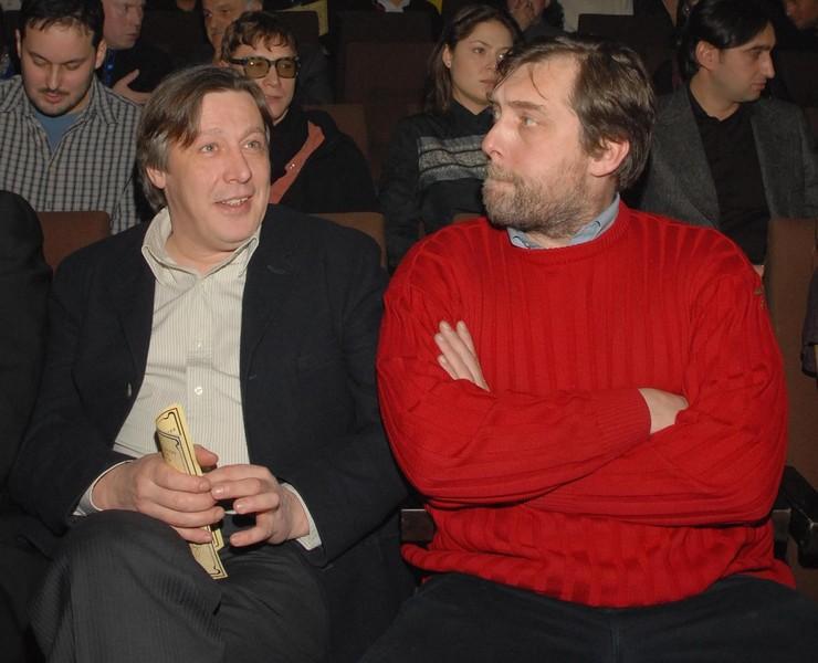 Михаил и Никита Высоцкий дружат много лет