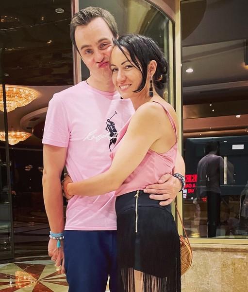 Иван Абрамов с супругой