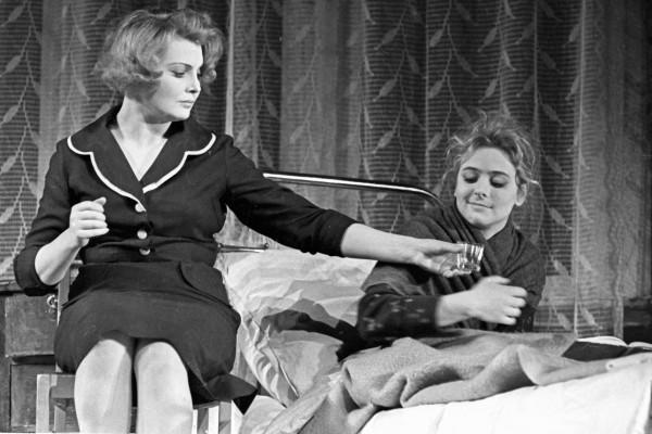 Доронину называли одной из самых красивых и талантливых театральных актрис