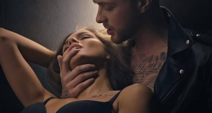 Одинцова снялась в клипе Крида в горячих сценах