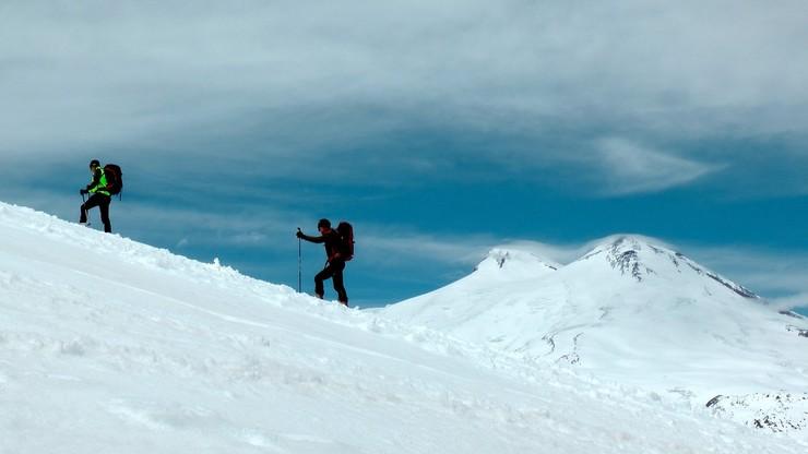 Погибли пять альпинистов, 14 удалось спасти