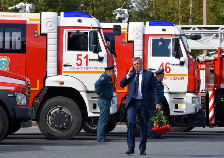 Заместитель председателя Следственного комитета РФ Александр Клаус также присутствовал на прощании