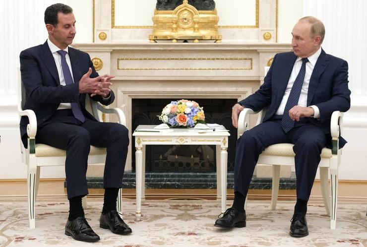 Накануне президент встречался с сирийским главой Башаром Асадом