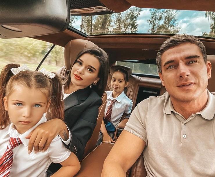 Бывшие супруги вместе воспитывали общую дочь, а также наследницу Ксении от предыдущего брака