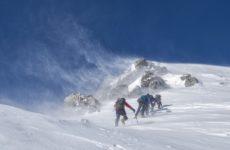 Пять альпинистов погибли, восемь находятся в тяжелом состоянии. Трагедия на Эльбрусе