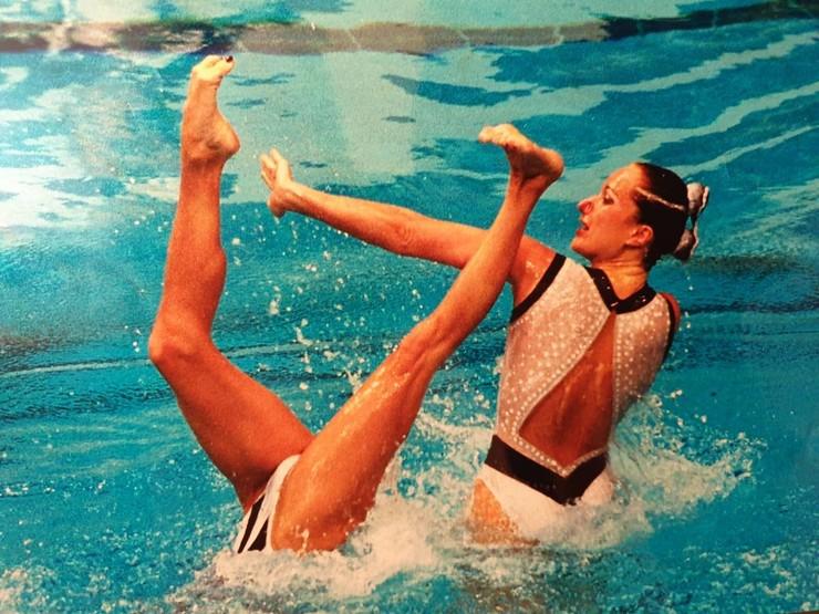 Когда родители привели Марию в секцию, синхронное плавание еще не было популярным