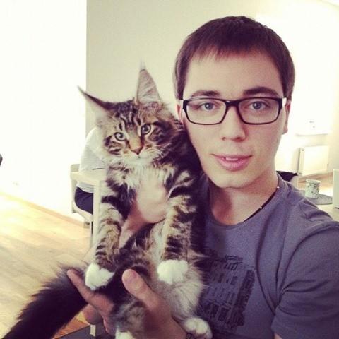 Последние несколько лет певец живет... с котом