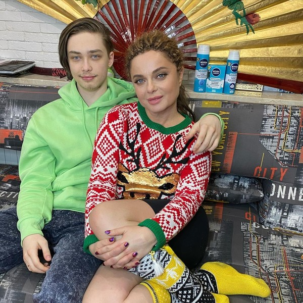 Наташа Королева с сыном Архипом Глушко