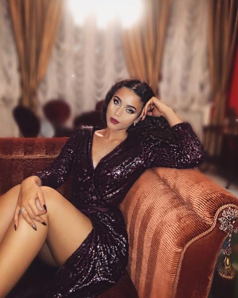 Мишель Раппопорт чем-то смахивает на молодую Нелли Михайловну