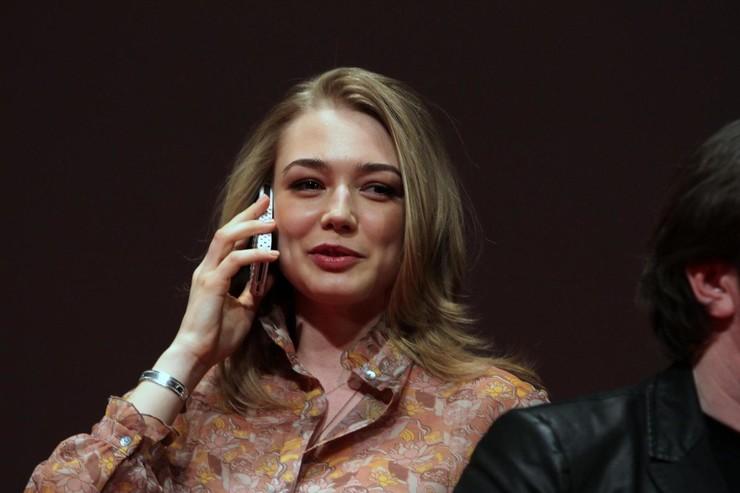 Оксана Акиньшина рада, что слухов о ней становится меньше