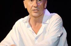 Директор Театра им. Вахтангова объяснил, за какие заслуги Олег Меньшиков получил 24 миллиона