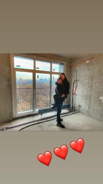 В марте Анна хвасталась перед подписчиками новой квартирой в Москве